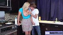 Секс со срущими девушками видео