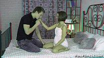 Porn Films 3D - Cutie reveals her nature
