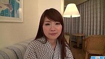 tai phim sex -xem phim sex Mayuka Akimoto lingerie girl blows cock in POV