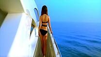 ishq kambakkht [720p-hd]- swimsuit in kapoor kareena - Stafaband.info