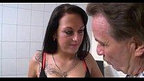 Brunette gefickt vom Doktor porn videos