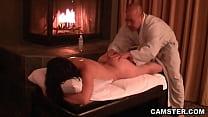Asian hottie getting her tissues massaged porn videos