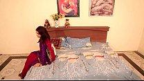 shruti bhabhi romance with servant in absense of her husban