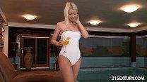Flirt and Wellness with Lynna Nilsson