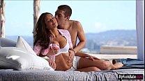 Смотреть порно русское две семейные пары трахаются кончая в рот женам