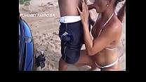 metendo na praia corno gravou
