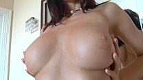 Oiled up brunette fishnet stocking masturbation porn videos