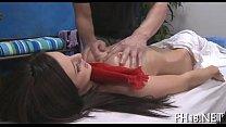 Тайка делает массаж члена видео