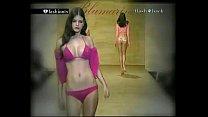 Fashion Show Nip Slip thumbnail