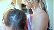Порно ролик привел жену на блядки в салдатскую баню своими руками