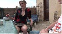 Муж трахает свою жену со своим другом по русски