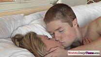 Mature stepmom Darryl Hanah gets facialized porn videos