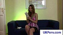 Женщину снимают трусики и её бьют палкой видео