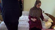 Arab Woman In Hijab: No Money, No Problem - Arabs Exposed (xc15339) porn videos