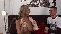 Порно видео молодые девушки в облегающих платьях