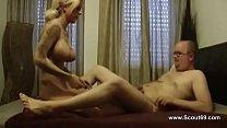 Порно молодая мамочка и парень
