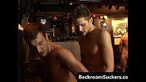 Homo barebacking sex Goes Down gay porno porn videos