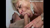 abuela su con follando Nieto
