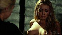 Видео онлайн порно лесби сосать соски