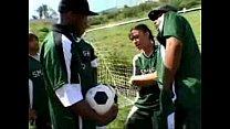 fútbol al jugar quiere ella video futbol