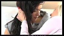 Порно видео кончает в рот пацана