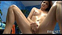 Смазливый гей делает массаж пениса другому фото 476-936