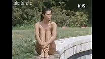 Monica Bellucci - Vita coi figli (First nude scene) thumbnail