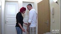 Русское порно изголодавшиеся по сексу мамки с волосатыми письками соблазняют своих сыновей