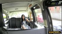 Lovely customer trades massage for taxi fare an...