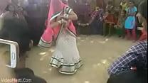 tai phim sex -xem phim sex Bhabhiji Dancing On Bhojpuri Song In Gaon(video...