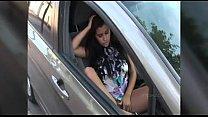 Videos de Sexo Coroa siliconada tocando uma siririca no banheiro