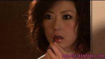 Порно у азиатки порвались штаны