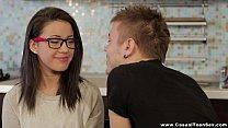 Девушки со спермой на лице ходят по улийам видео онлайн