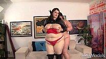 Групповой секс в россии двое мужчин и одна толстая женщина видео фото 287-319