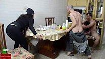 gord... mujer y madura mujer desayuno. el en Orgía