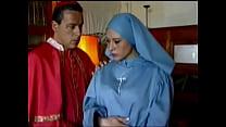 monja a come se sacerdote - santa Semana