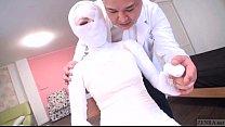 Subtitled bizarre Japanese woman bandaged head ...