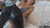 Секс на пляже при съемке камеры