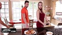 Hot Gf Fucks her boyfriends dad on Thanksgiving porn videos