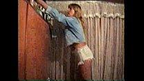 rabo no enfiado rasgadinho jeans shortinho seu exibindo Sula