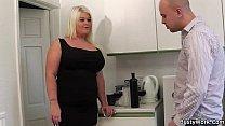 He licks and fucks chubby big tits blonde porn videos