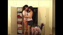 kissing 016