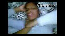 Videos de Sexo Menina morena comendo cu da garota de 18 anos de quatro