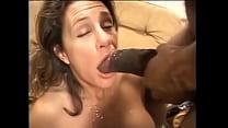 Смотреть порно старуха теребя себе клитор обканчалась