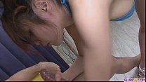 tai phim sex -xem phim sex Asian babe Yurika Gotou humming on a guys flesh...