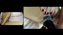 Девушка раздвигаеткапюшон для свой секель влагалище
