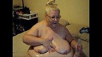 Порно мама трахнула дочку жирна