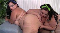 Девушки пухли попки голи фотки