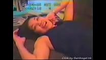 Video seks lucah Wan Nor Azlin - scene menyanyi atas katil porn videos