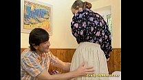 Массажист сделал массаж и развёл клиентку на сэкс